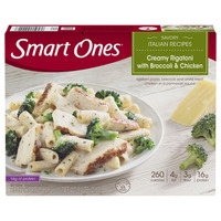 Smart Ones Savory Italian Recipes Creamy Rigatoni with Broccoli & Chicken