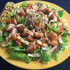 Tossed Salad with Buffalo Tenders